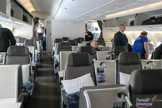 Review Air Canada Business Class Studio Pods Boeing 777
