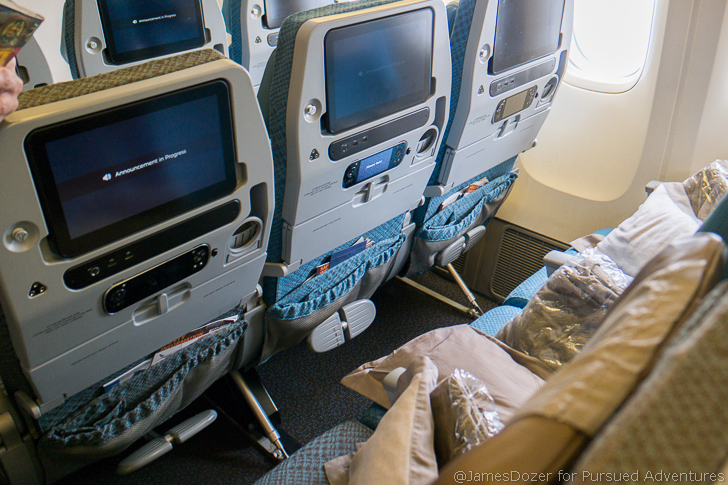 Singapore Airlines Boeing 777-300ER Economy Class
