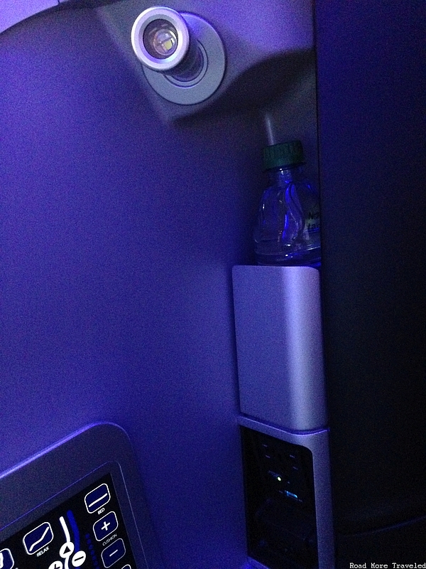 jetBlue Mint - reading light and power port