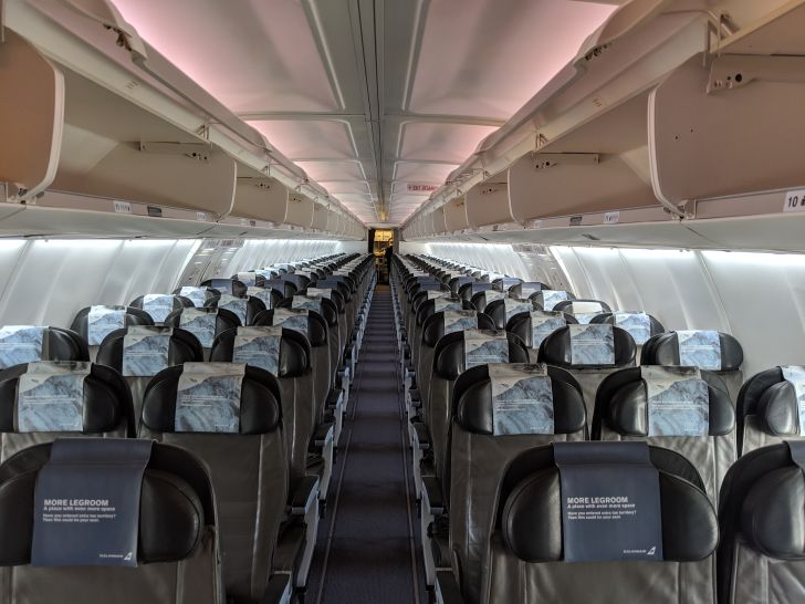 Review: Icelandair Business Class, Vancouver to Reykjavik