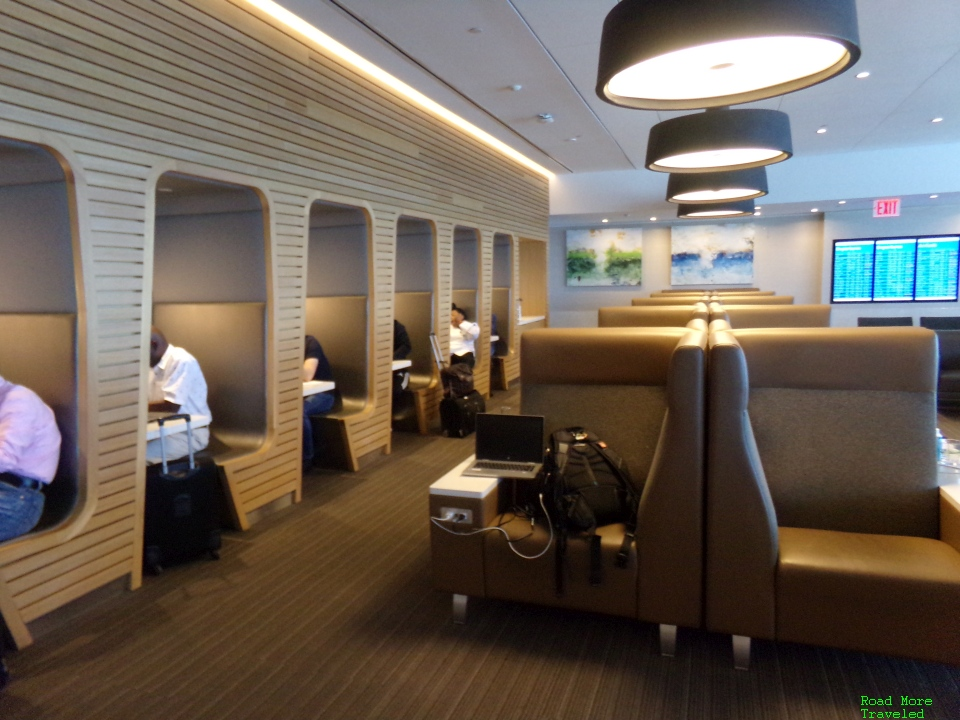 American Flagship Lounge New York JFK - private cubicles